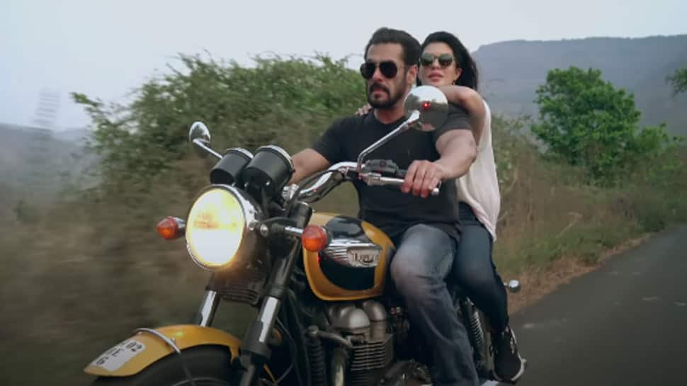 Bollywood News: Salman Khan-Jacqueline Fernandez's soulful romantic song 'Tere Bina' out - Watch