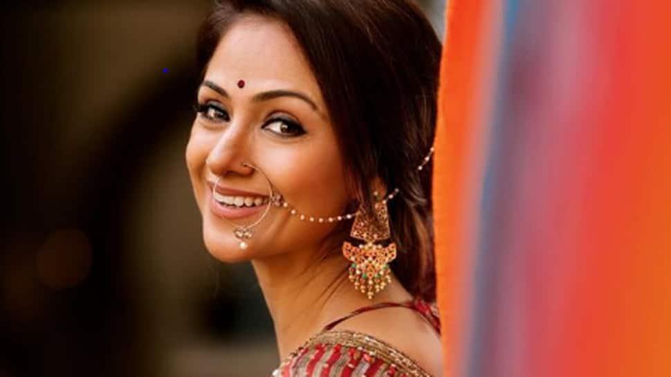Trending: South actress Simran dances to Allu Arjun-Pooja Hegde's 'Butta Bomma' song - Watch