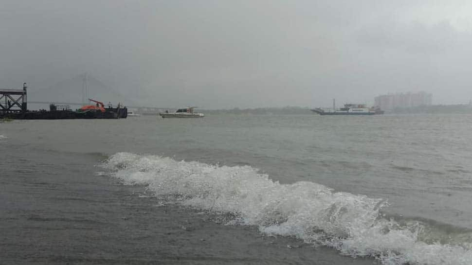 Cyclone Amphan crosses Digha-Hatiya Islands coast, weakens into very severe cyclonic storm