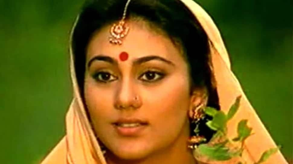 Trending: Ramayan's Sita aka Dipika Chikhlia's unseen pic from 1992 Bollywood movie 'Sanam Aap Ki Khatir' breaks internet!
