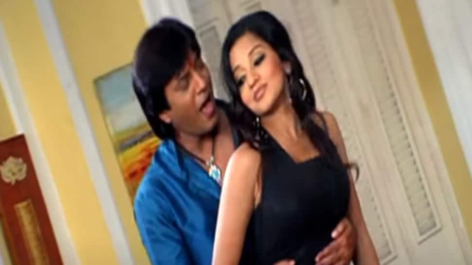Monalisa's old Bhojpuri song from 'Mora Balma Chhail Chhabila' resurfaces on YouTube, goes viral - Watch