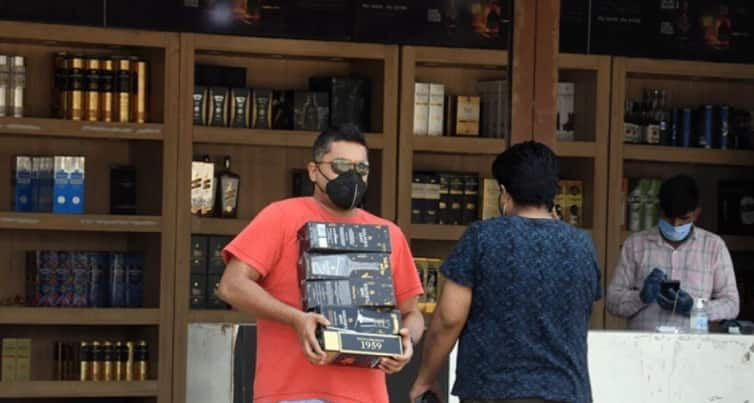 Liquor home delivery allowed in Mumbai's non-containment zones; no across-the-counter sale