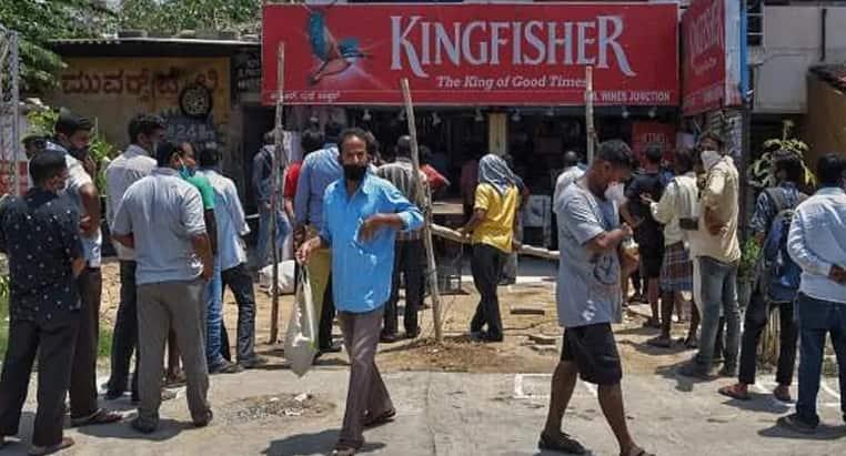 Delhi government justifies levying Corona fee on liquor in High Court, seeks dismissal of plea