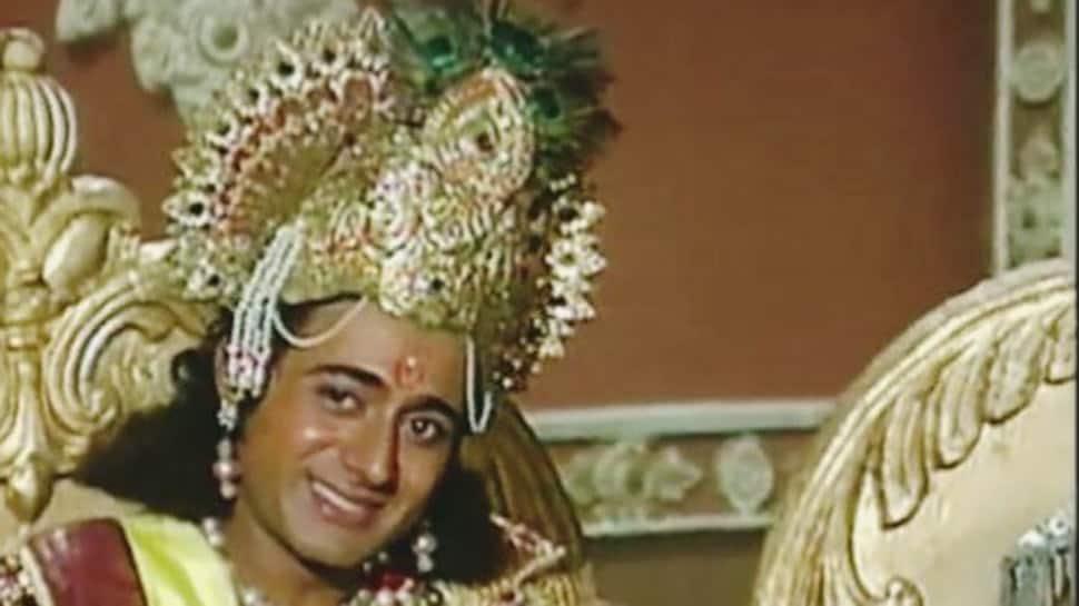 Trending: Mahabharat's Krishna aka Nitish Bharadwaj's unseen rare pics from younger days go viral!