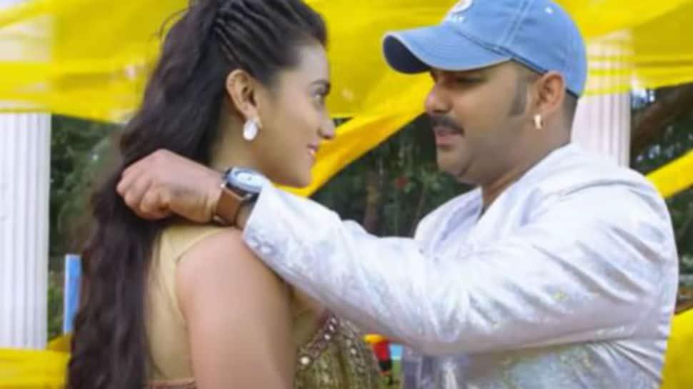 Bhojpuri siren Akshara Singh and Pawan Singh's sizzling song 'Chamkelu Sheeshan Jaisan' is here to shatter records – Watch