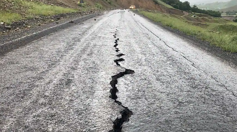 Aftershocks rattle Kutch for 3rd day in a row, earthquake of 3.5 magnitude jolts the region