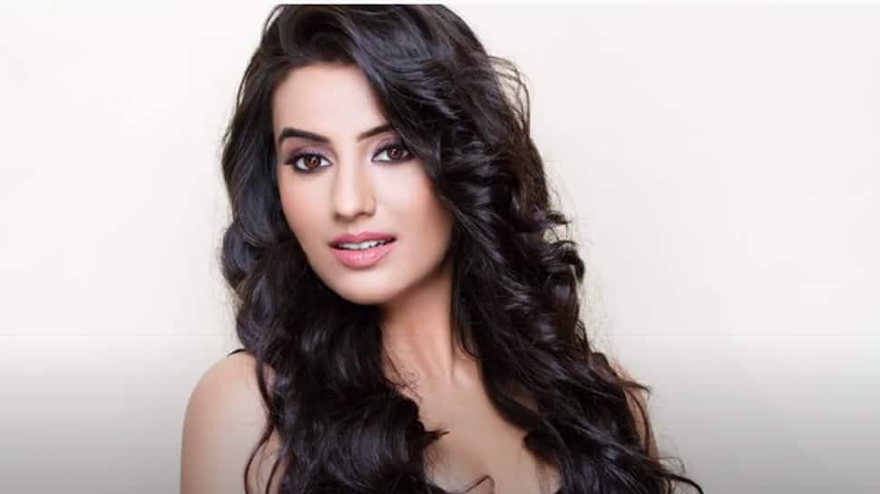 Akshara Singh opens up on nepotism in Bhojpuri film industry in new video - Watch