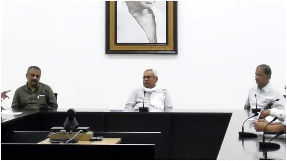 Bihar CM Nitish Kumar holds meeting to review increasing level of Mahananda, Kosi Bagmati, Gandak rivers