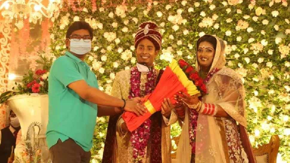 Archer Deepika Kumari ties the knot with Atanu Das, Jharkhand CM Hemant Soren blesses couple