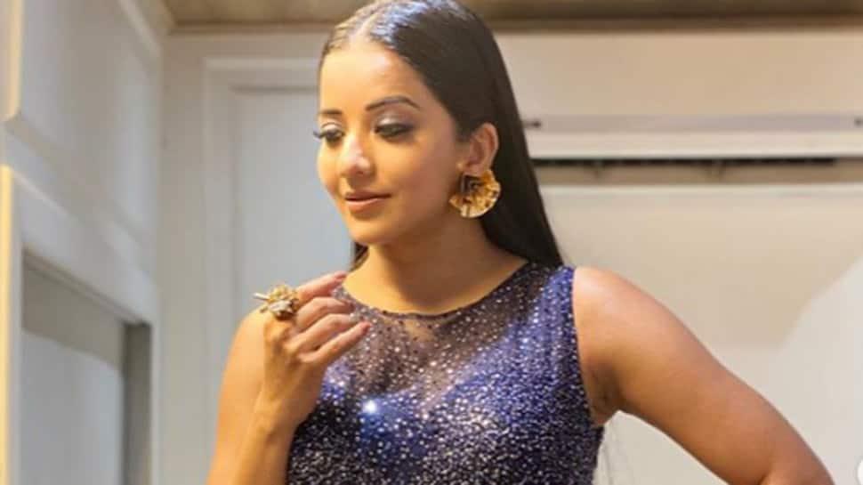 Bhojpuri bombshell Monalisa debuts on Instagram Reels with 'Dil Diyan Gallan' video - Watch