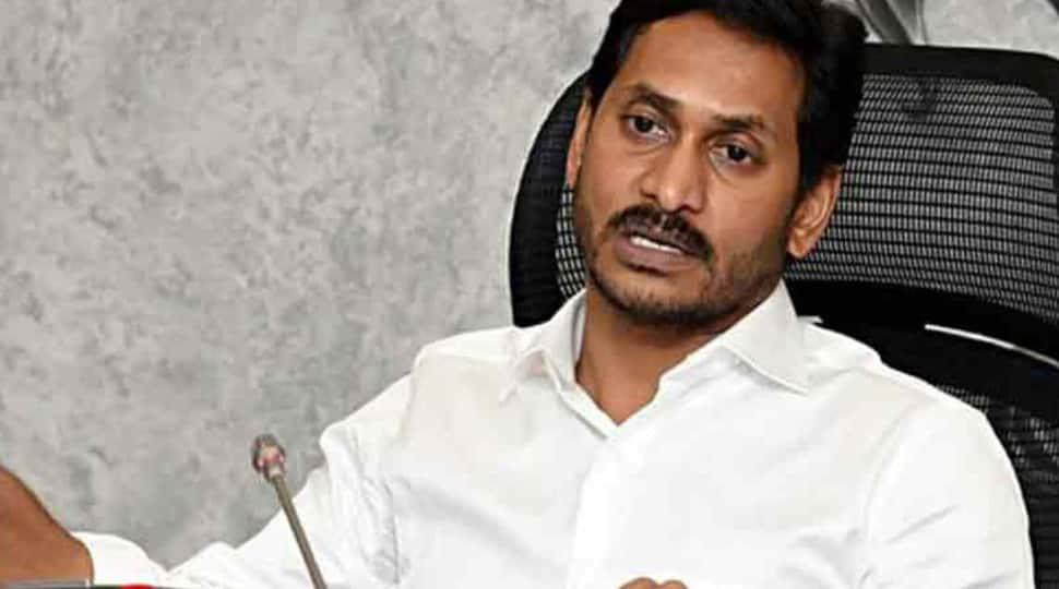 Andhra Pradesh BJP chief urges Governor Biswabhushan Harichandan to reject state capital decentralisation bills