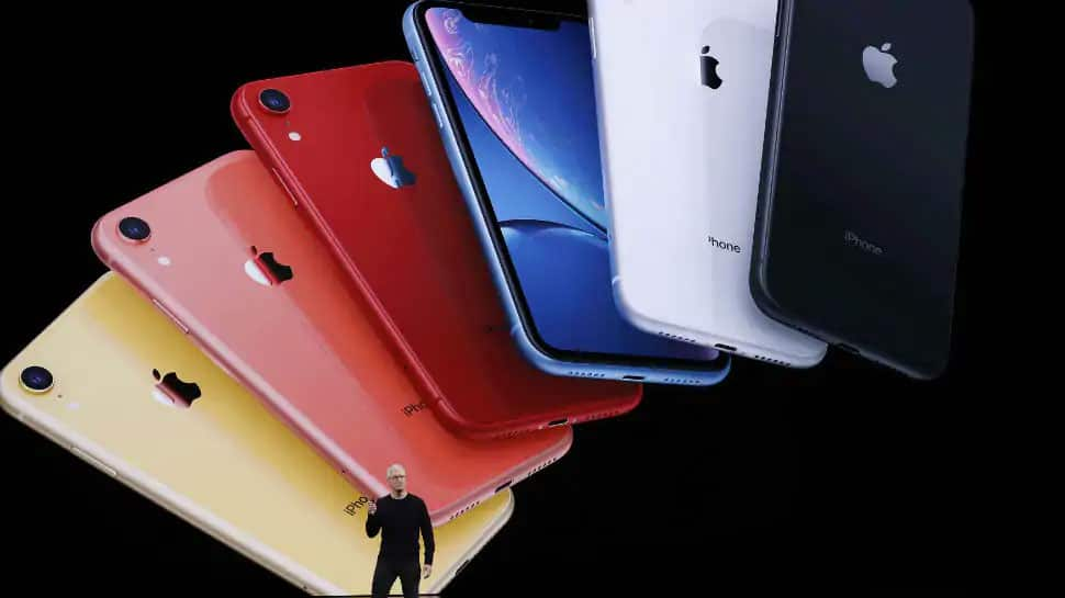Amazon Apple Days sale: Get Rs 5,400 off on iPhone 11, check top 5 deals