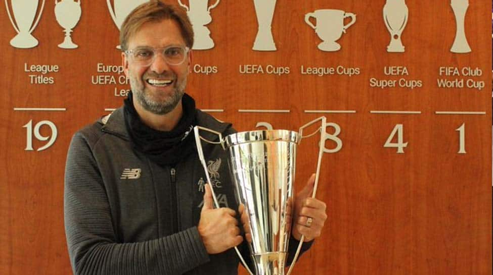 Liverpool's Jurgen Klopp wins LMA Manager of the Year award