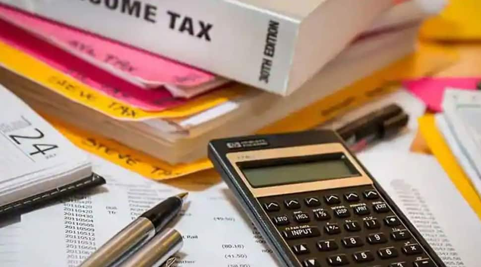 CBDT extends FY19 income tax return filing deadline till September 30 due  to COVID-19 | Personal Finance News | Zee News