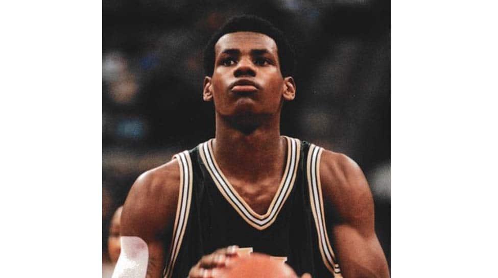 NBA: LeBron James, Giannis Antetokounmpo, James Harden named MVP finalists