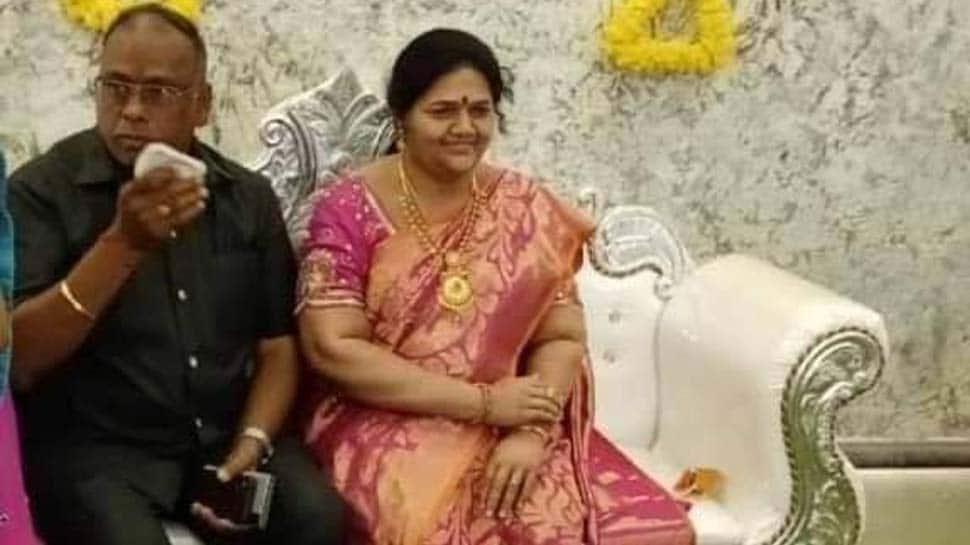 Karnataka businessman fulfills wife's last wish, celebrates house-warming with her life-size statue
