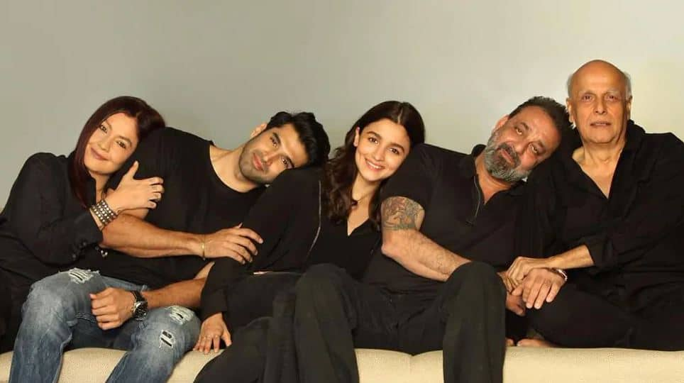 Alia Bhatt's 'Sadak 2' trailer fails to impress the internet amid nepotism  row, gets more 'dislikes' on YouTube | Movies News | Zee News