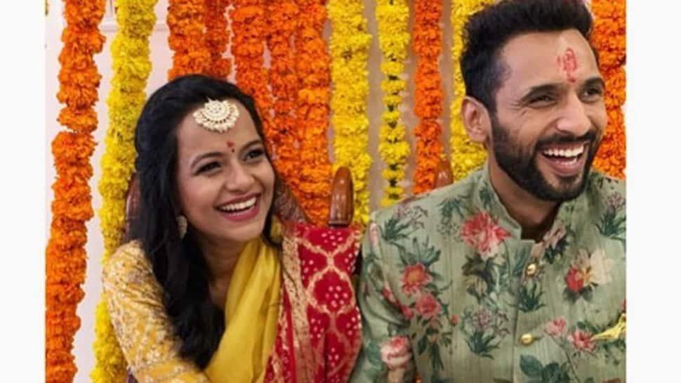 Khatron Ke Khiladi 9 winner choreographer Punit J Pathak gets engaged to Nidhi Moony Singh - See pics