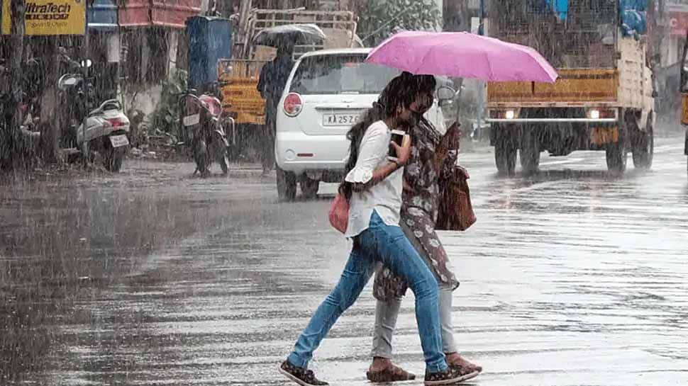 Heavy rains batter parts of Kerala, IMD sounds orange alert for two districts