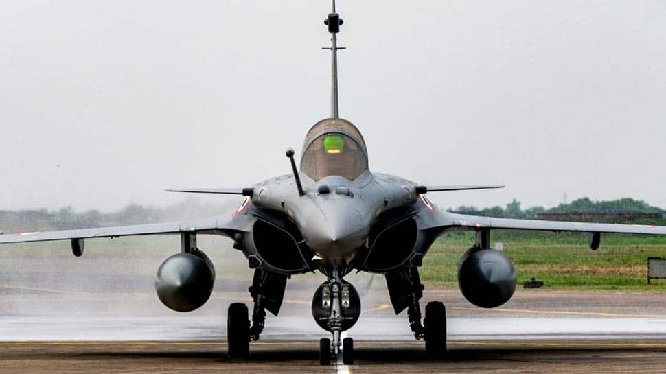 Induction ceremony of IAF's Rafale fighters on September 10, Rajnath Singh and French Defence Minister to be chief guests