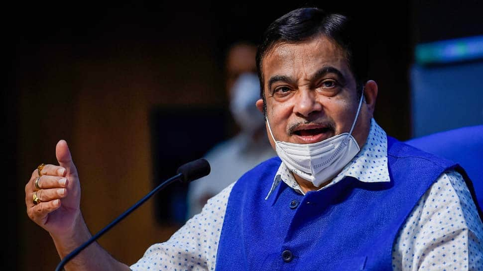 Union Minister Nitin Gadkari tests COVID-19 positive, isolates himself