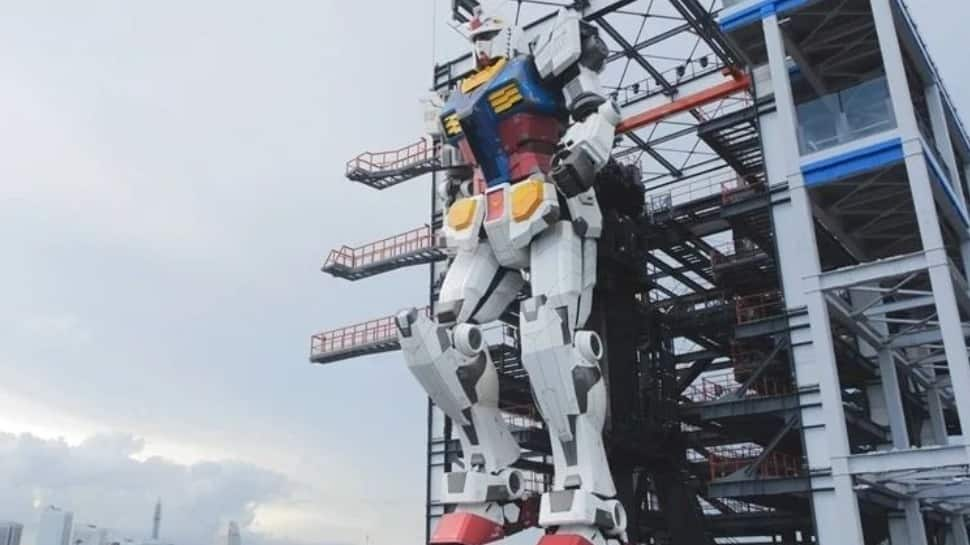 Japan's giant robot comes to life to celebrate iconic Japanese anime 'Mobile Suit Gundam'; watch