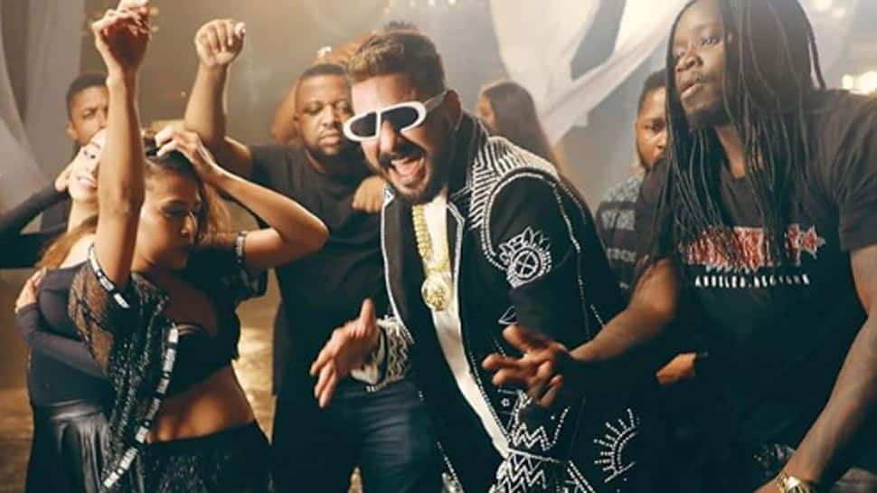 Hindustani Bhau releases teaser of 'Mumbai Machaand' song in reply to Manoj Bajpayee's 'Bambai Main Ka Ba' - Watch