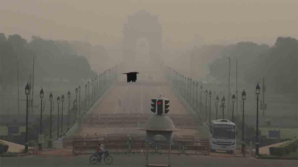 Delhi residents breathing poison? Air quality deteriorates further, smoky haze envelops capital