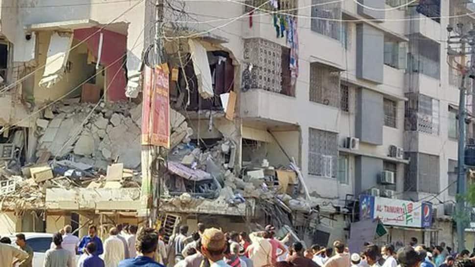 3 dead, 15 injured in Karachi blast as 'civil war' like situation emerges in Pakistan