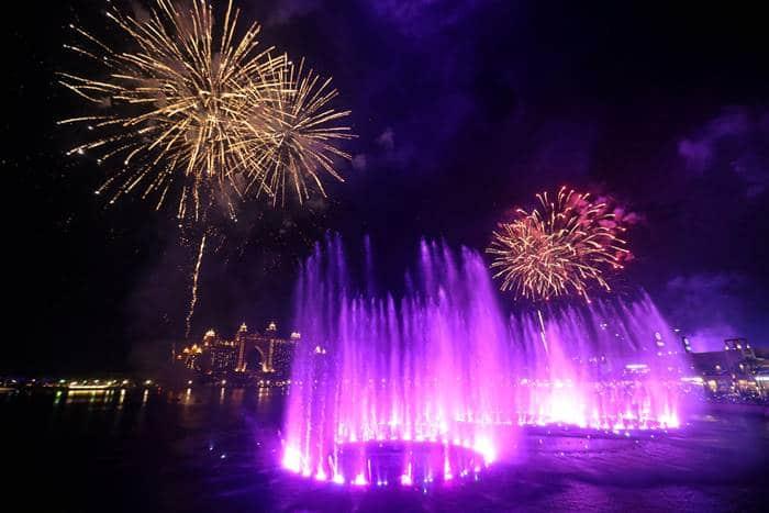 Largest fountain in Dubai