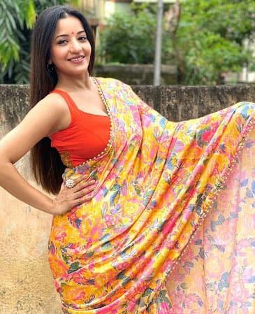 Monalisa's sensational saree look