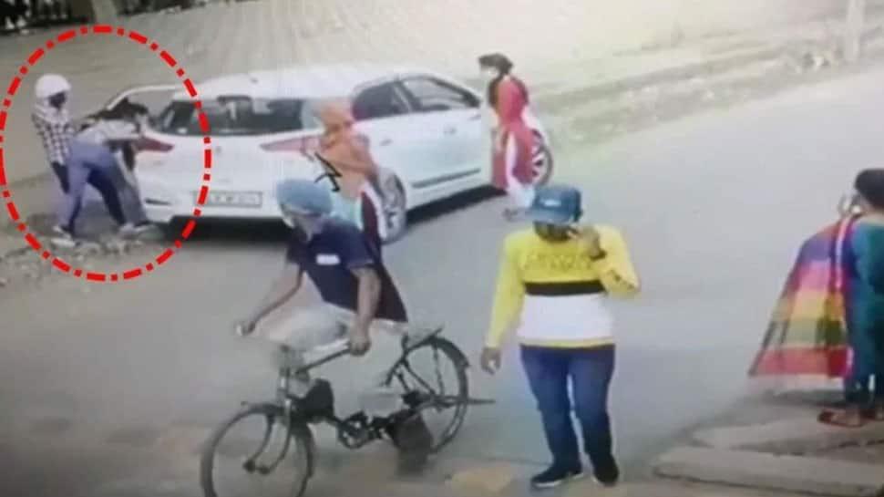 Ballabhgarh murder: `Love Jihad` behind Nikita Tomar`s killing? Victim`s family wants `instant justice` - Zee News
