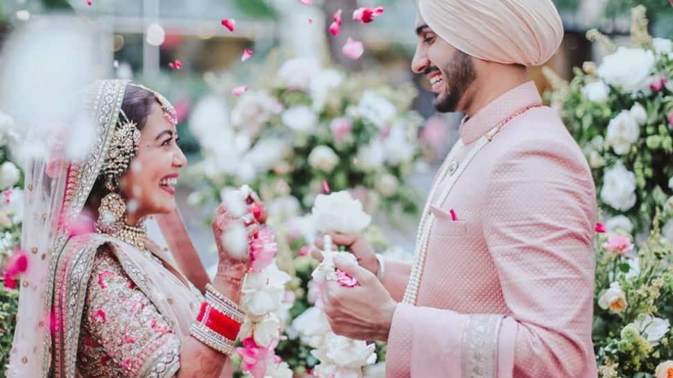 The 'best clicks' from Neha Kakkar and Rohanpreet Singh da vyah - Check out!
