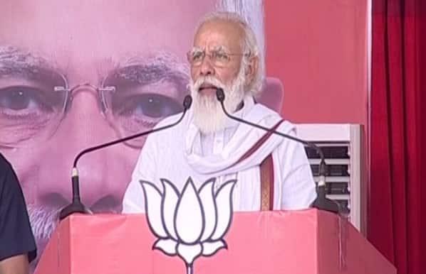 Darkness of lantern era over; single vote can save Bihar from becoming 'bimar': PM Narendra Modi