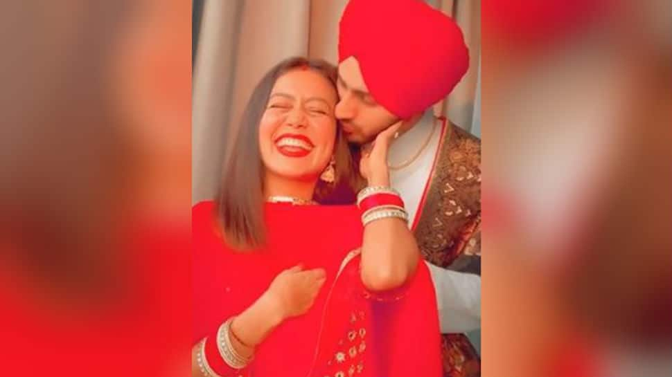 On Karwa Chauth, Neha Kakkar and Rohanpreet Singh's adorable video takes over the internet - Watch