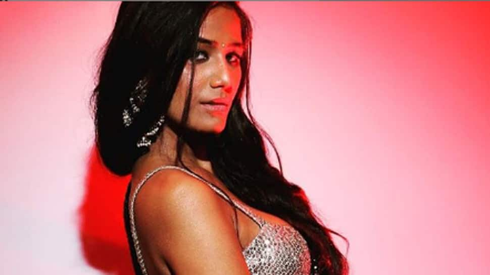 Poonam Pandey arrested in Goa for allegedly shooting 'porn' video ...