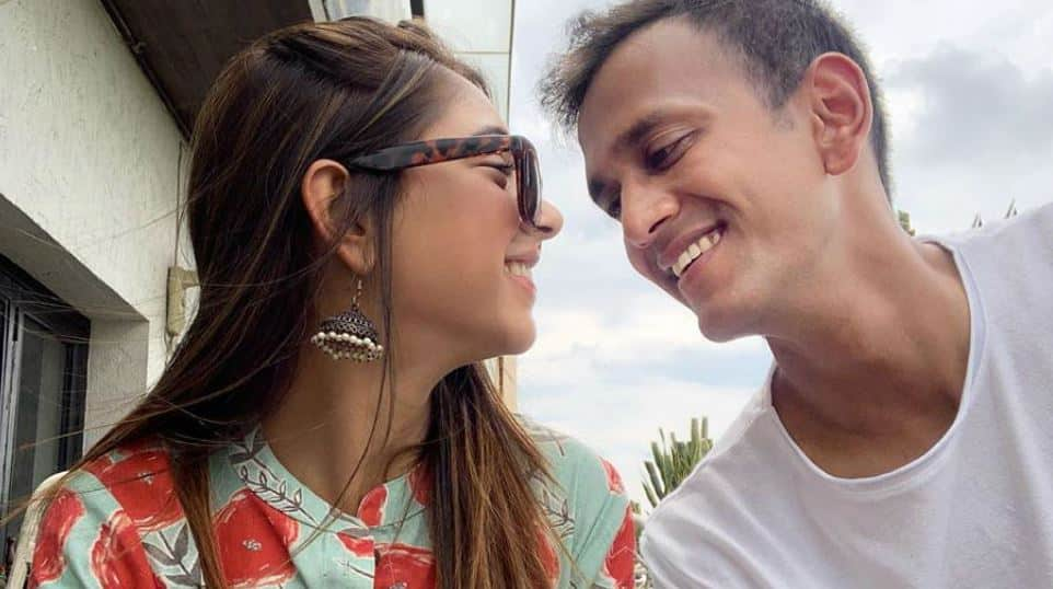 How TV star Niti Taylor's husband Parikshit Bawa made her birthday special - Watch