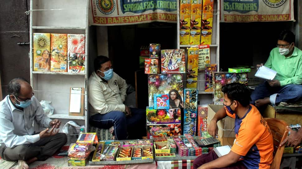 Warning for Delhiites! Delhi Police comes up with this action plan on sale and bursting of firecrackers