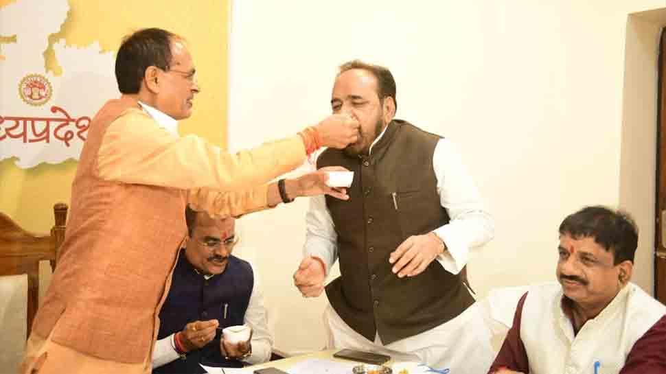 MP bypoll result: BJP wins 19 seats of 28 seats, Shivraj Singh Chouhan retains power