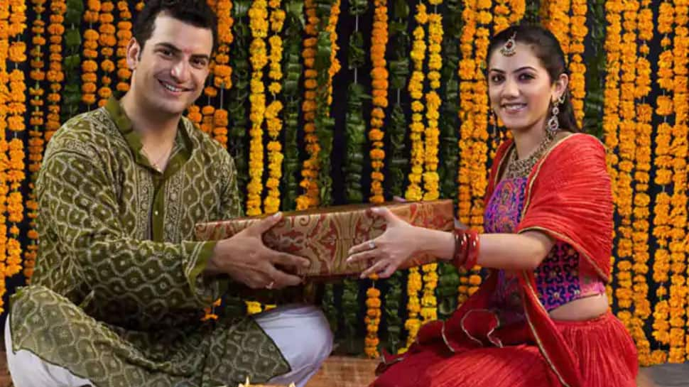When is Bhai Dooj 2020? Date, puja timings, shubh muhurat and puja vidhi of this festival