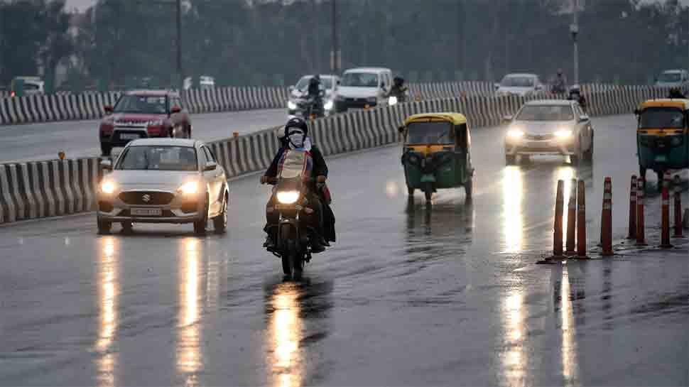 Heavy rain, thunderstorm hit Delhi, bring respite from choking pollution; AQI at 435