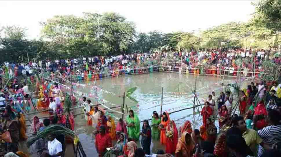 Jharkhand bans Chhath Puja 2020 in water bodies, restricts firecrackers, special lightings