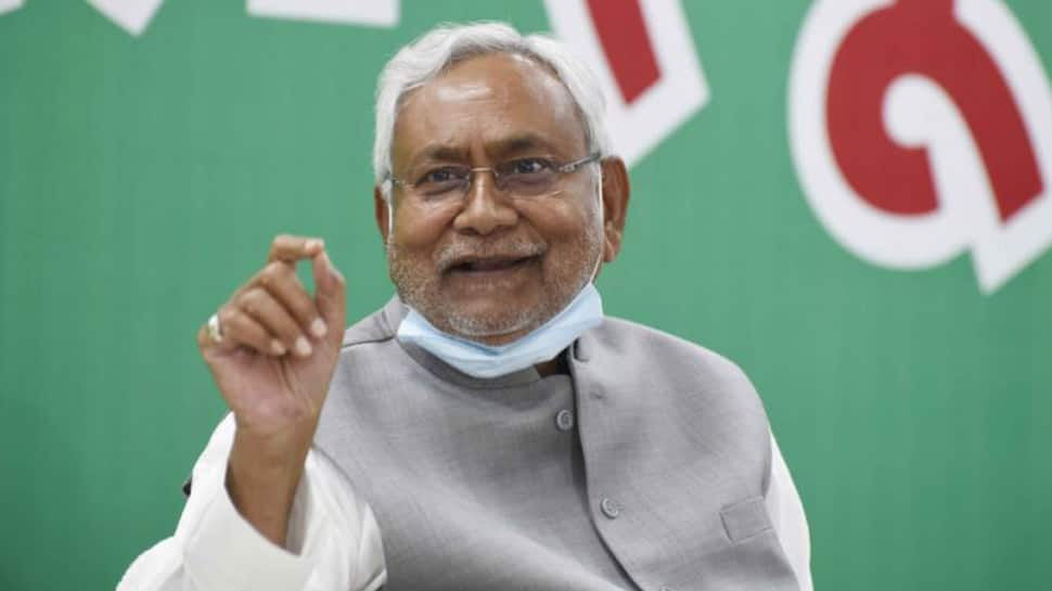 Nitish Kumar, 14 others to take oath today - Check full list here - Zee News