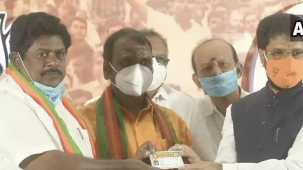 Former DMK MP KP Ramalingam joins BJP