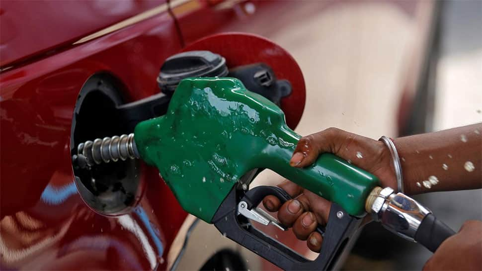 Diesel, Petrol prices rise for fifth consecutive day– Check fuel prices in metro cities on November 24, 2020