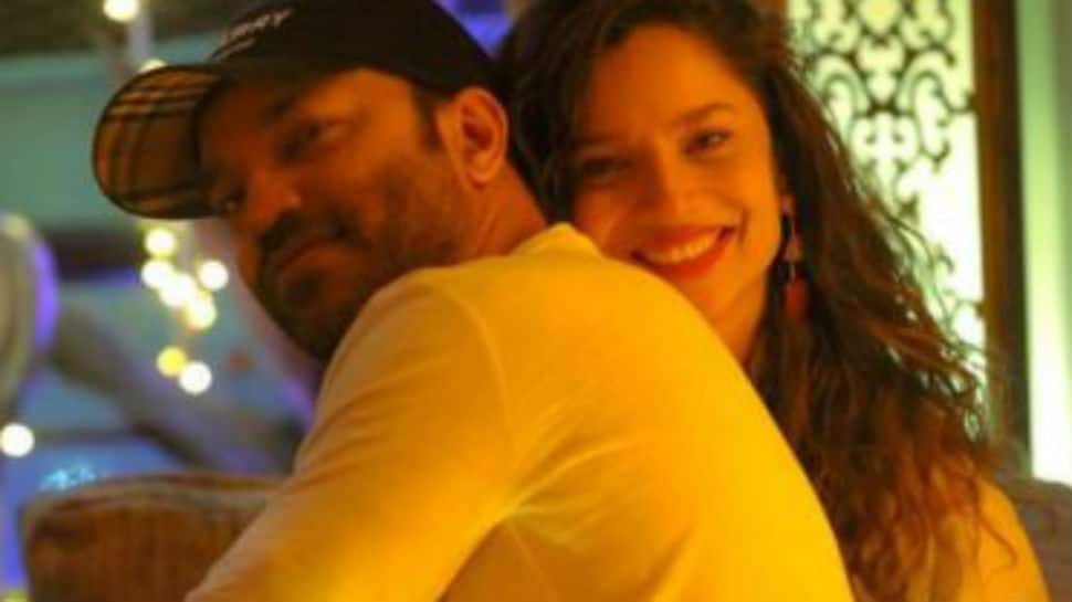 Viral: Ankita Lokhande and boyfriend Vicky Jain dance like no one's watching in night dresses - Watch