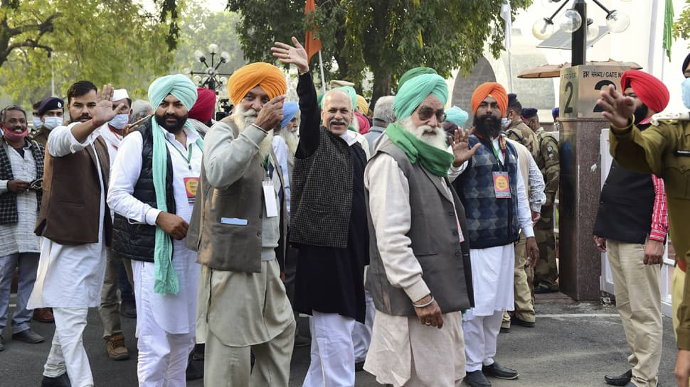 Farmer union leaders reject Centre's offer to set up committee; talks remain inconclusive over new agriculture laws