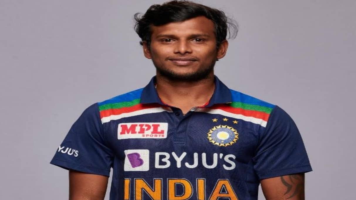 AUS vs IND 3rd ODI: Dream come true moment as T Natarajan makes India debut against Australia, WATCH!
