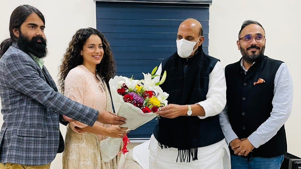 Kangana Ranaut meets Rajnath Singh, gets his blessings for film 'Tejas'