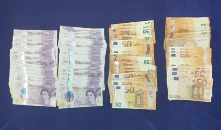 Euros, pounds worth 7.78 lakh seized from passenger's bag at Chennai Airport